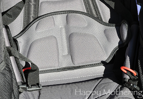 Lumbar support in the seats of the BOB Revolution Duallie jogging stroller